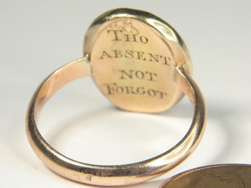 LOVELY ANTIQUE ENGLISH GEORGIAN GOLD HAIR MINIATURE MOURNING LOCKET RING c1770, buy for $1,111.50 (back)