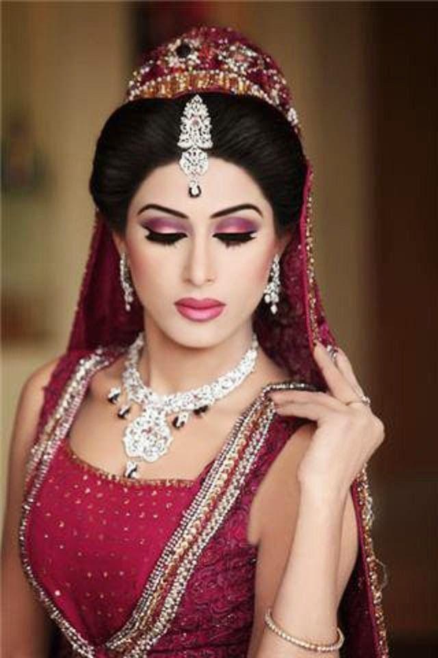 Indian Dulhan New Look Makeup Ideas 2014 For Girls Image Download Bridal Makeup Bridal Makeup Wedding Bride Makeup