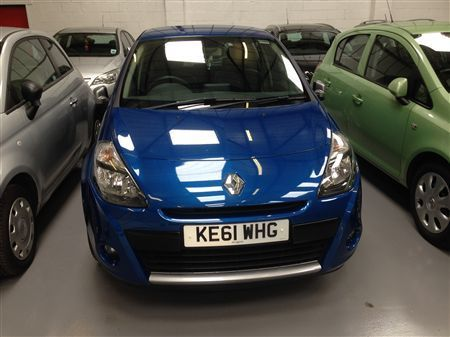 Clio 5 Door Petrol Auto Finance Available Six Months Warranty Mot D United Kingdom Gumtree Cars For Sale Used Cars Car Finance