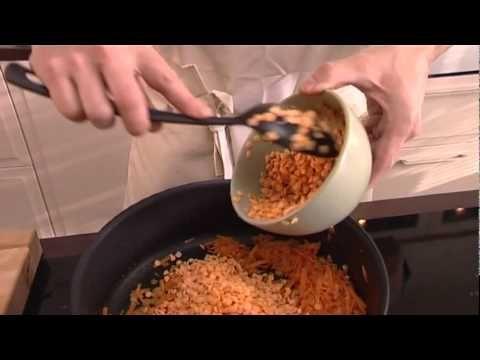 Linssi-porkkanakastike ja nuudelit
