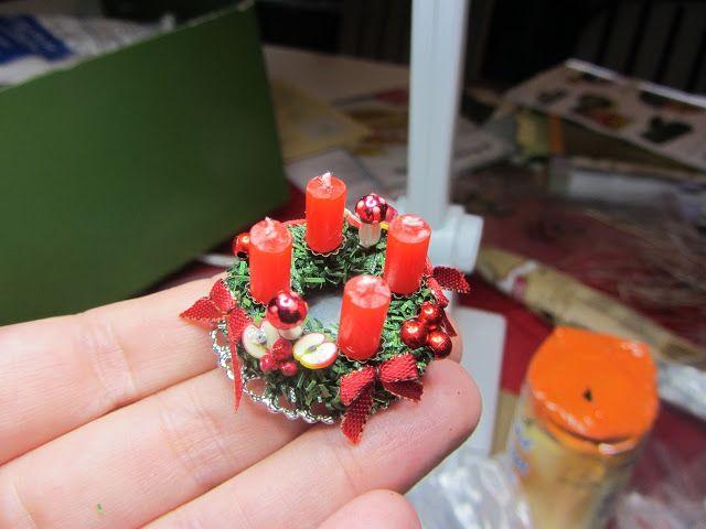 Nostalgie in 1:12: DIY: Adventskranz #dollhouseminiaturetutorials