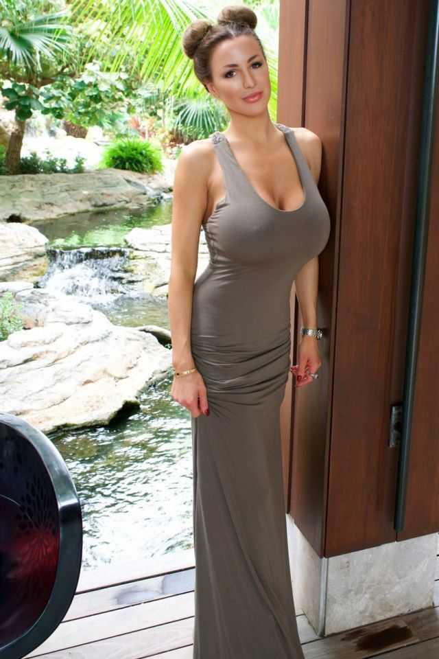 Prom dresses for busty figures, busty party dresses