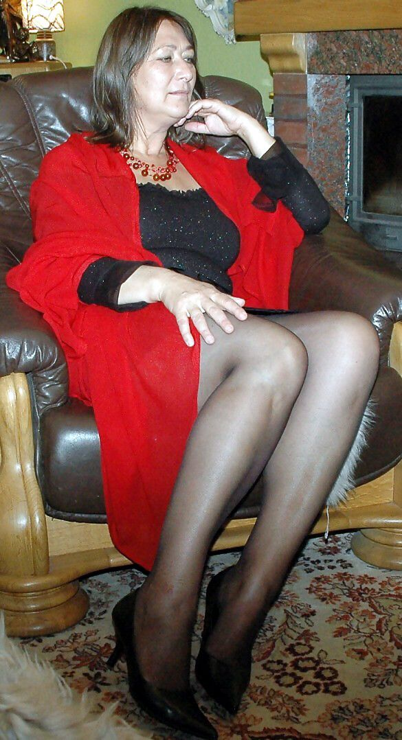 Pin on Hot mature ladies, milfs and gilfs