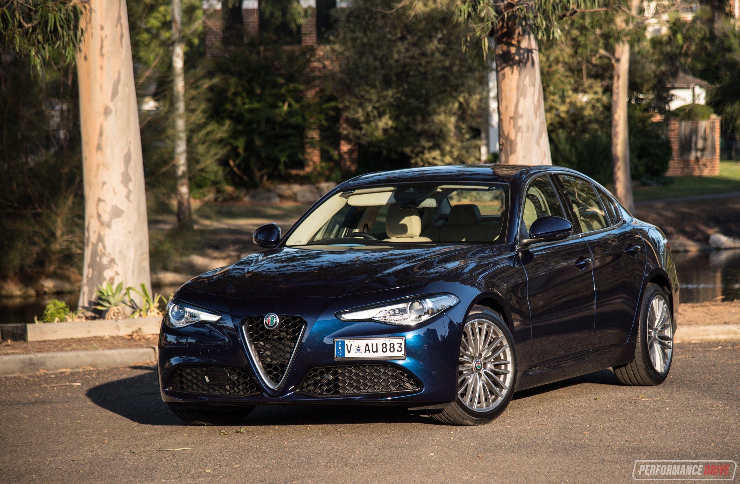 2018 Alfa Romeo Giulia blue