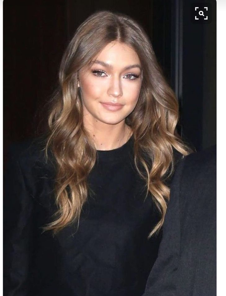 Gigi Hadid Cool Toned Bronde Hair Hair In 2018 Pinterest Hair