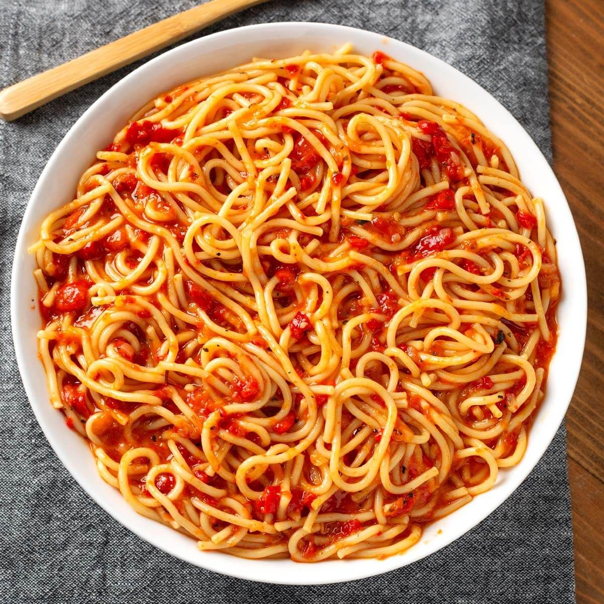 instant pot roasted red pepper pasta is a simple delicious