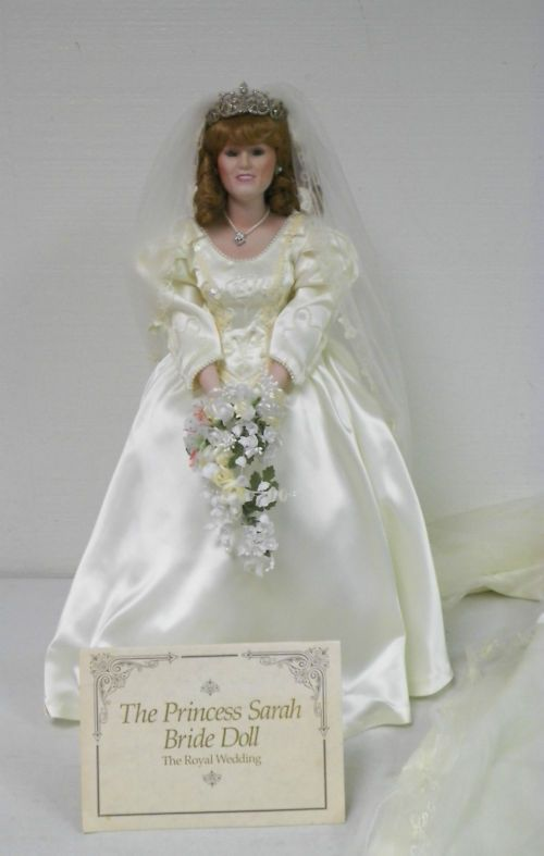 Grace Kelly Princess of Monaco Franklin Mint Porcelain Bride Doll