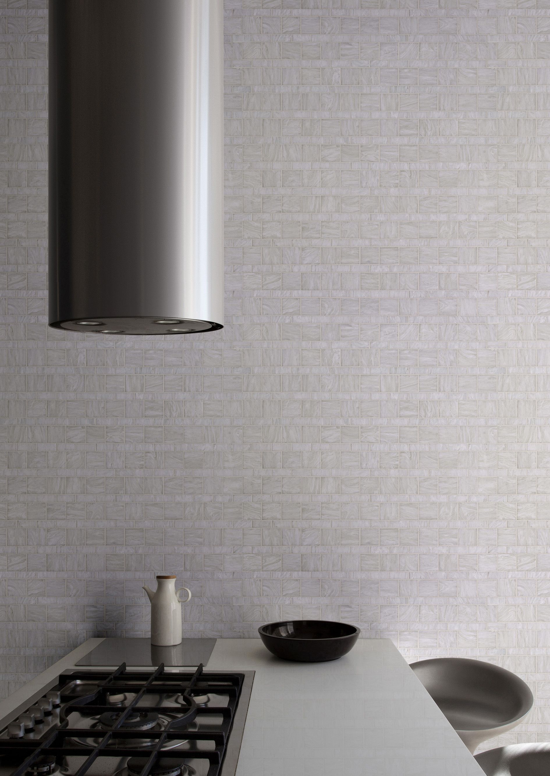 white line blend in bisazza glass mosaic bining 50x50mm and