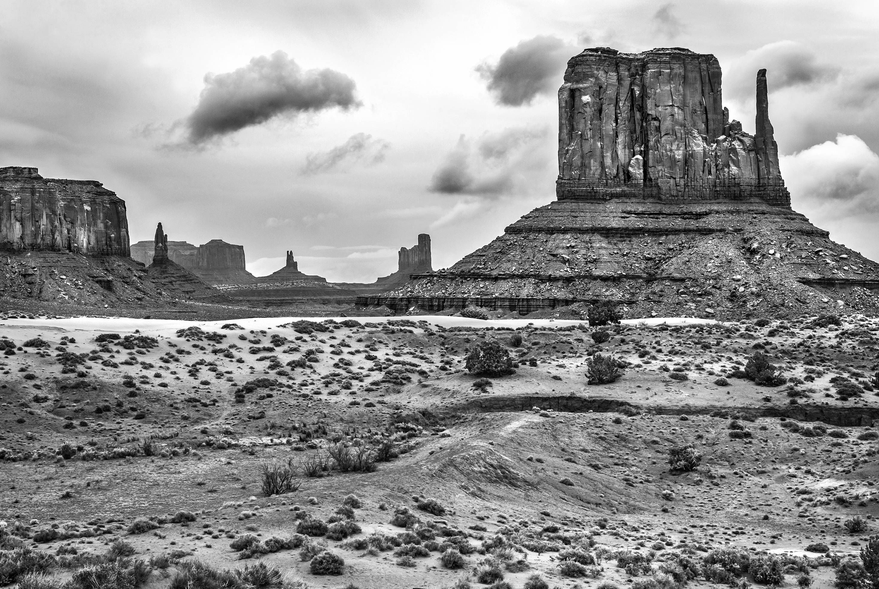 Monument Valley Southwest Wall Art Black And White Wall Etsy In 2021 Southwest Wall Art Monument Valley Wall Art