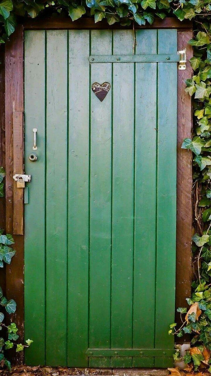 how to unlock bathroom door handle from outside