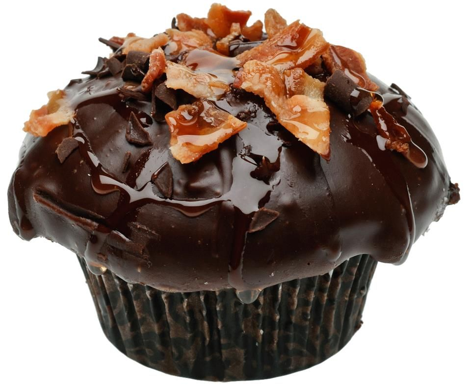 Bacon Cupcake #baconcupcake #baconflavoredcupcake #cupcakes #ladydiscookies #maple #bacon #chocolate #sweets #dessert #yum
