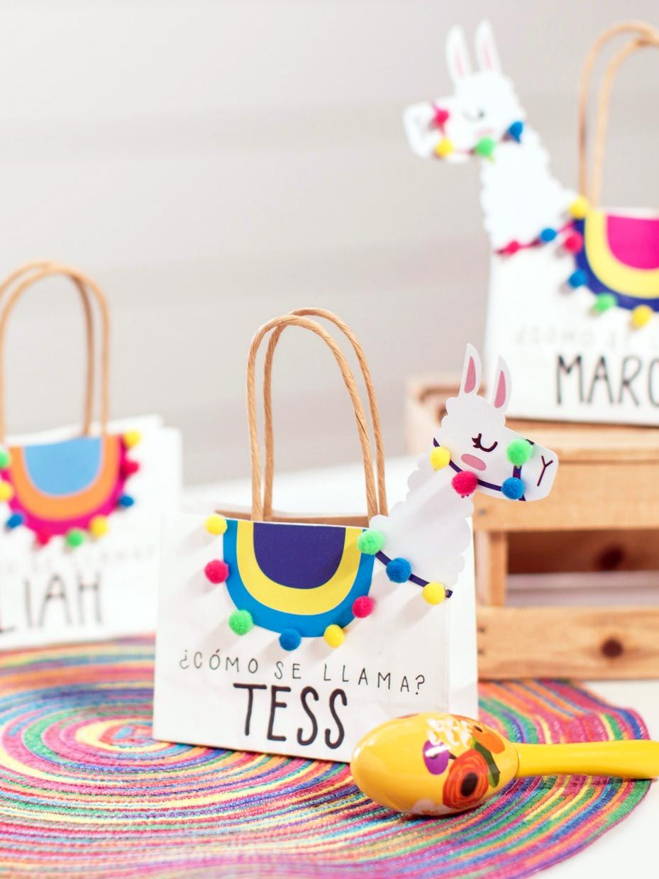 Diy Party Diy Llama Party Favor Bags With Template Party Ideas In 2019