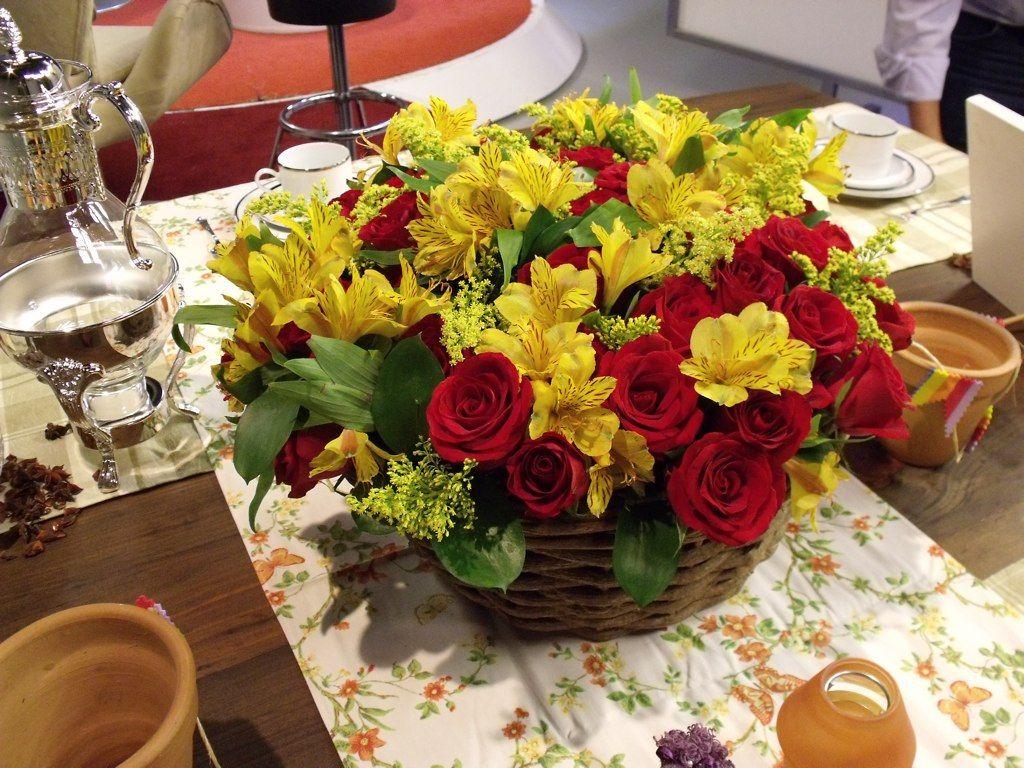 Arranjo Flores Para Casamento Vermelho E Amarelo Pesquisa Google