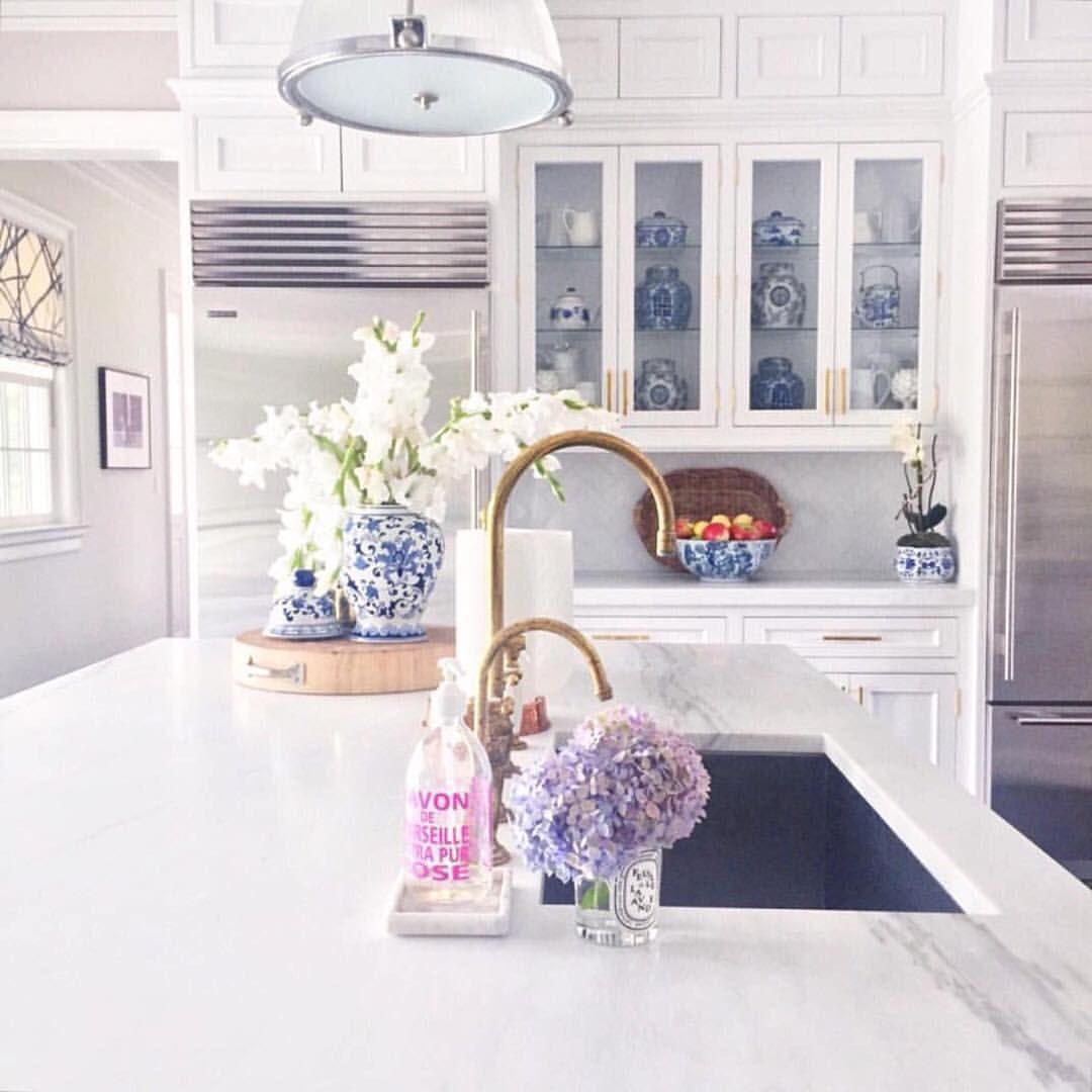 "Sue De Chiara | The Zhush on Instagram: ""Throw back to the best ..."
