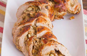 Lomo de cerdo relleno con champiñones >>>> http://www.srecepty.es/lomo-de-cerdo-relleno-con-champinones