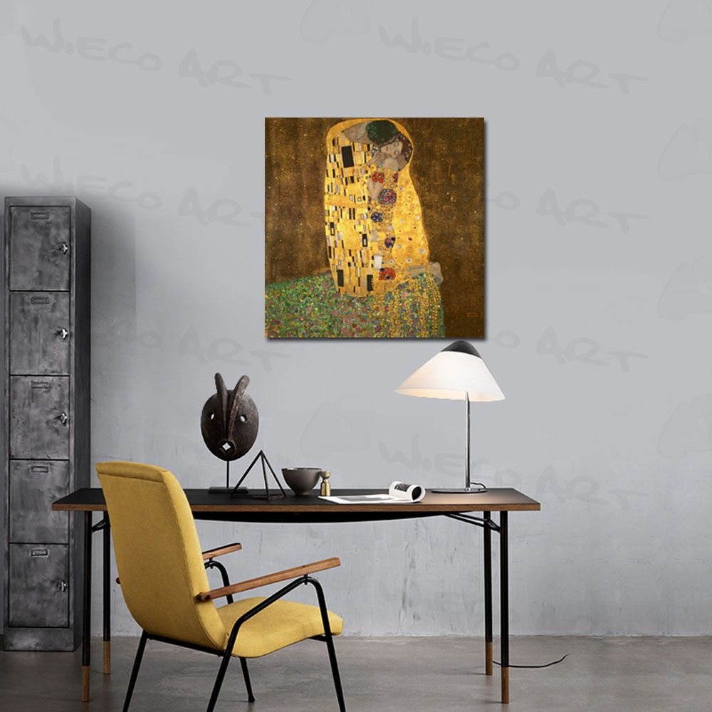 wieco art the kiss by gustav klimt paintings reproductions canvas print stretched and framed canvas prints