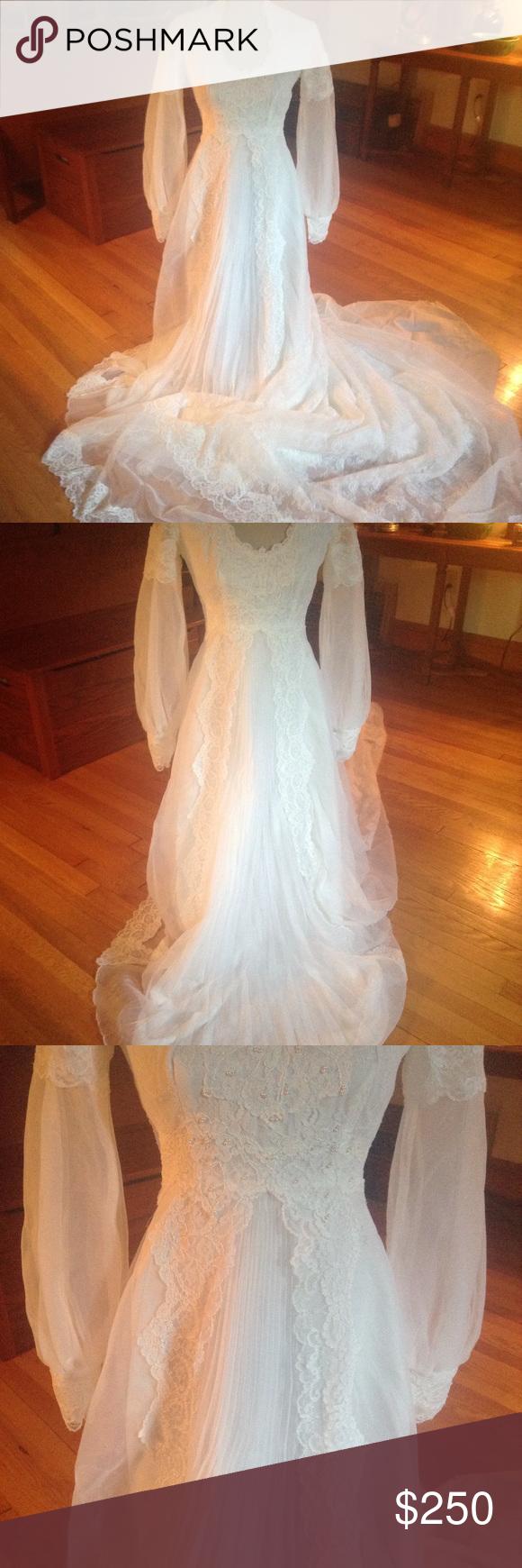 Princess style gorgeous vintage wedding gown stuff to buy