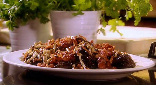 Video Recipe: Easy Boeuf Bourguignon with Wild Mushrooms ...