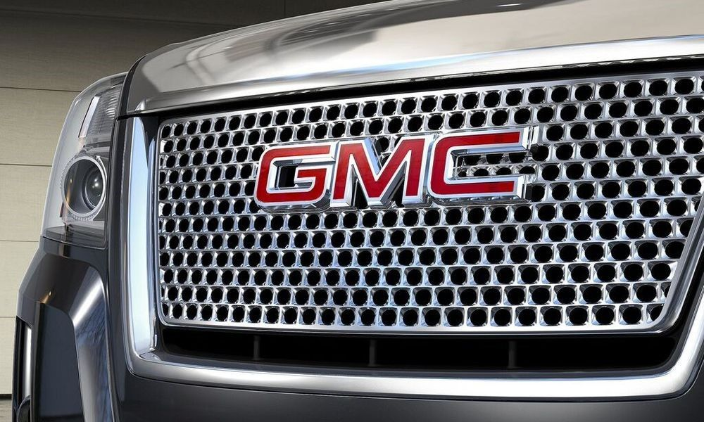 GMC Developing Body-On-Frame SUV to Fight Jeep? http://www ...