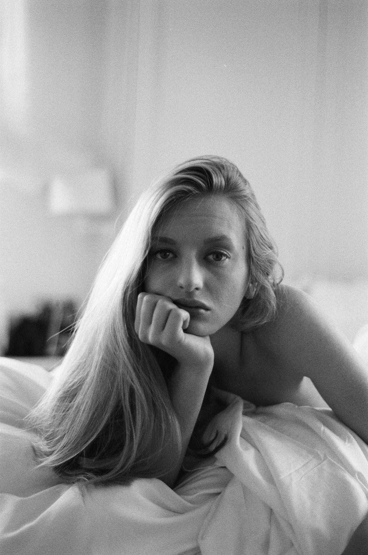 Nora Rosenberg Nude Photos 48