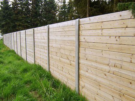 Prix du0027une cloture de jardin en bois et beton Terrasses et jardins - cout d une terrasse en bois