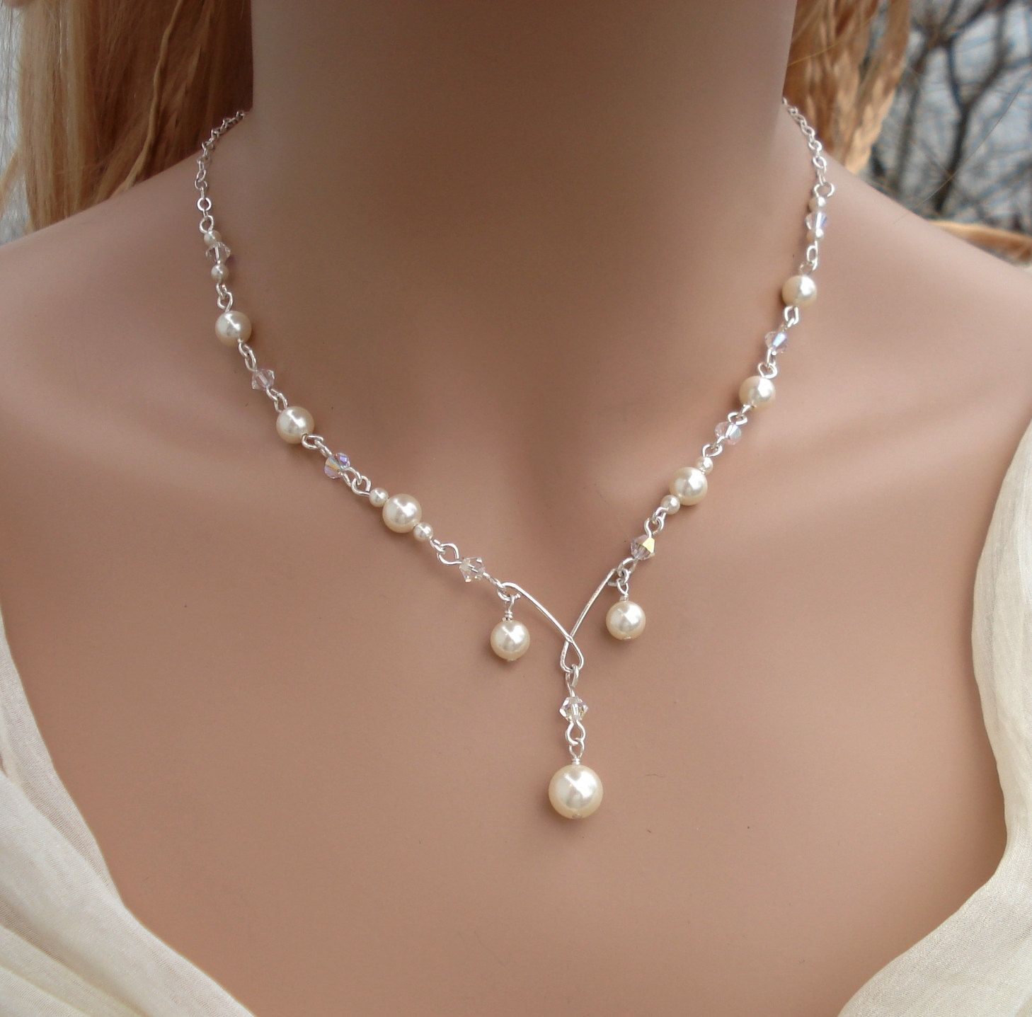 Elegant bridal jewelry wired crystal creamivory pearl necklace