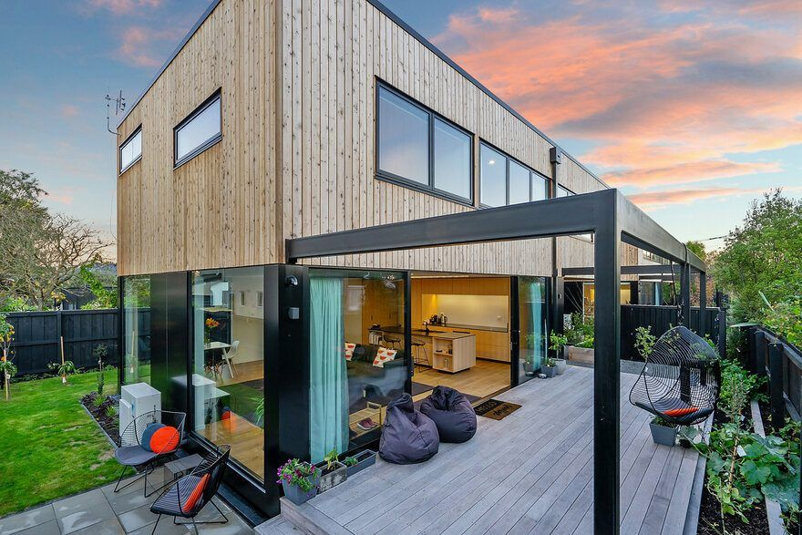 Timber Twin Units / Gary Todd Architecture Architecture