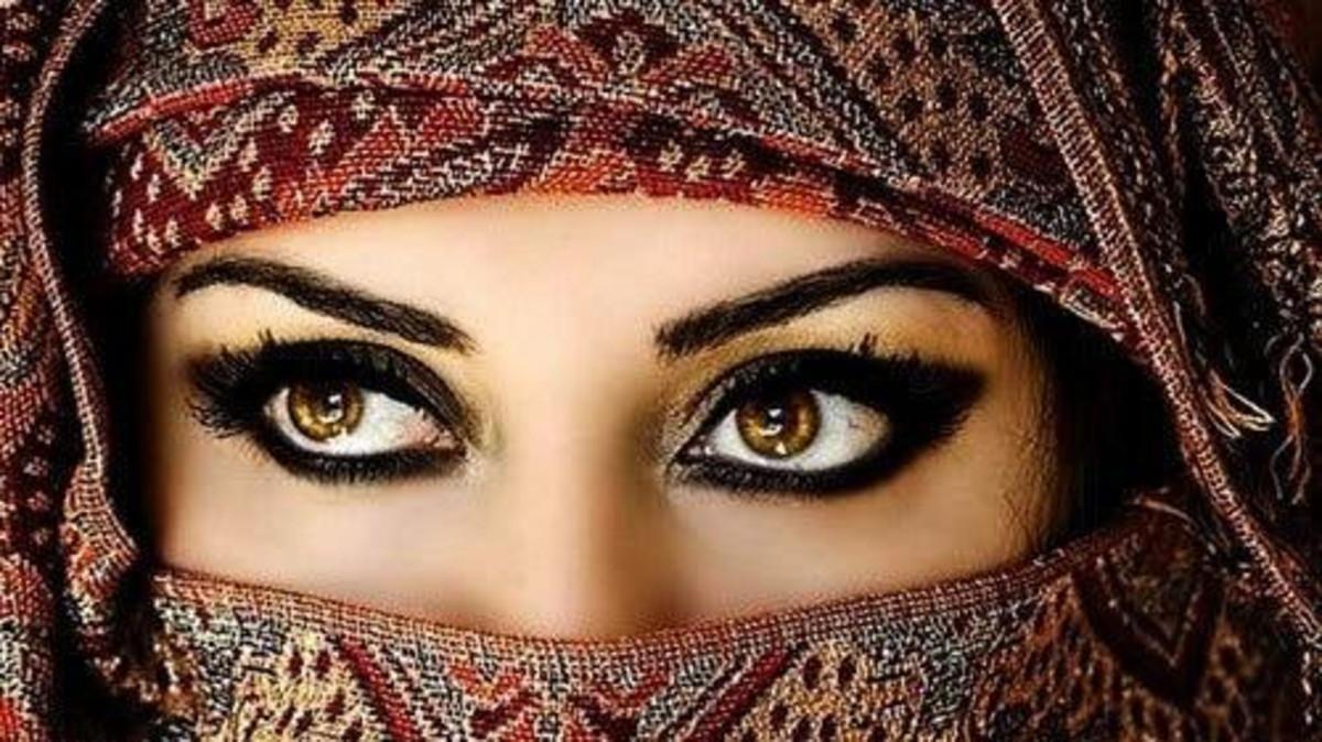 تأهيل لدور المرآة العربية لوظائف الموارد البشرية أونلاين Cat Eye Glass Mary Magdalene
