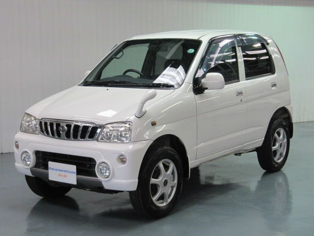2004 WHITE DAIHATSU TERIOS KID * LOW INSURANCE MINI 4X4 LOW TAX