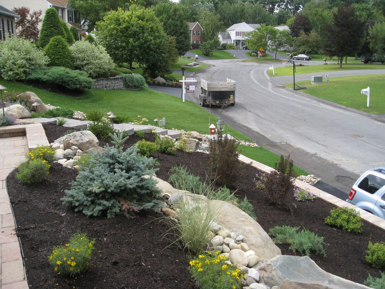 Pin By Elizabeth Brandt On Front Yard Landscaping Landscape Design Front Yard Landscaping Hardscape Design