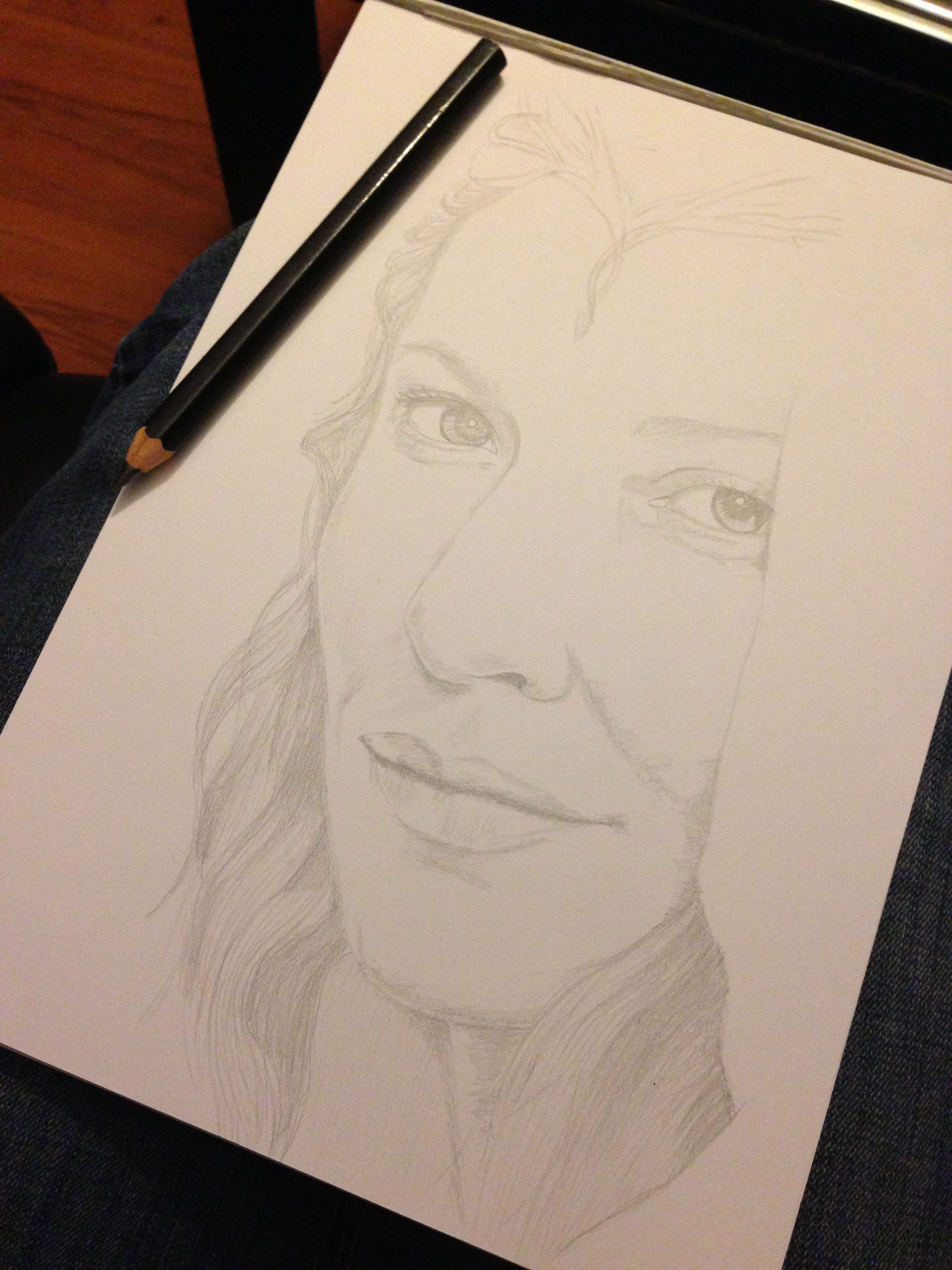 sketch of galadriel from lord of the rings pencils