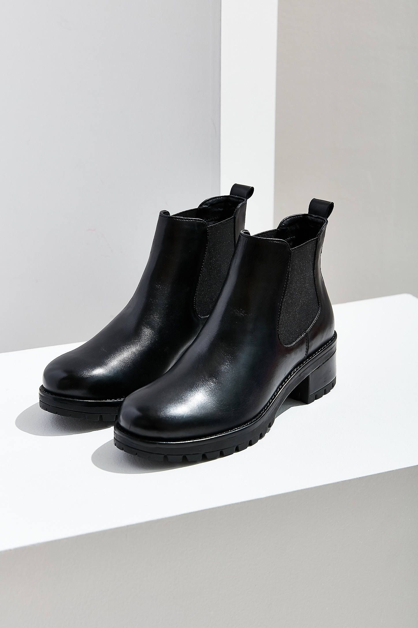 Shop Maci Chelsea Boot at Urban Outfitters today. We carry all the latest  styles, colors and brands for you to choose from right here. bfad57fa5f