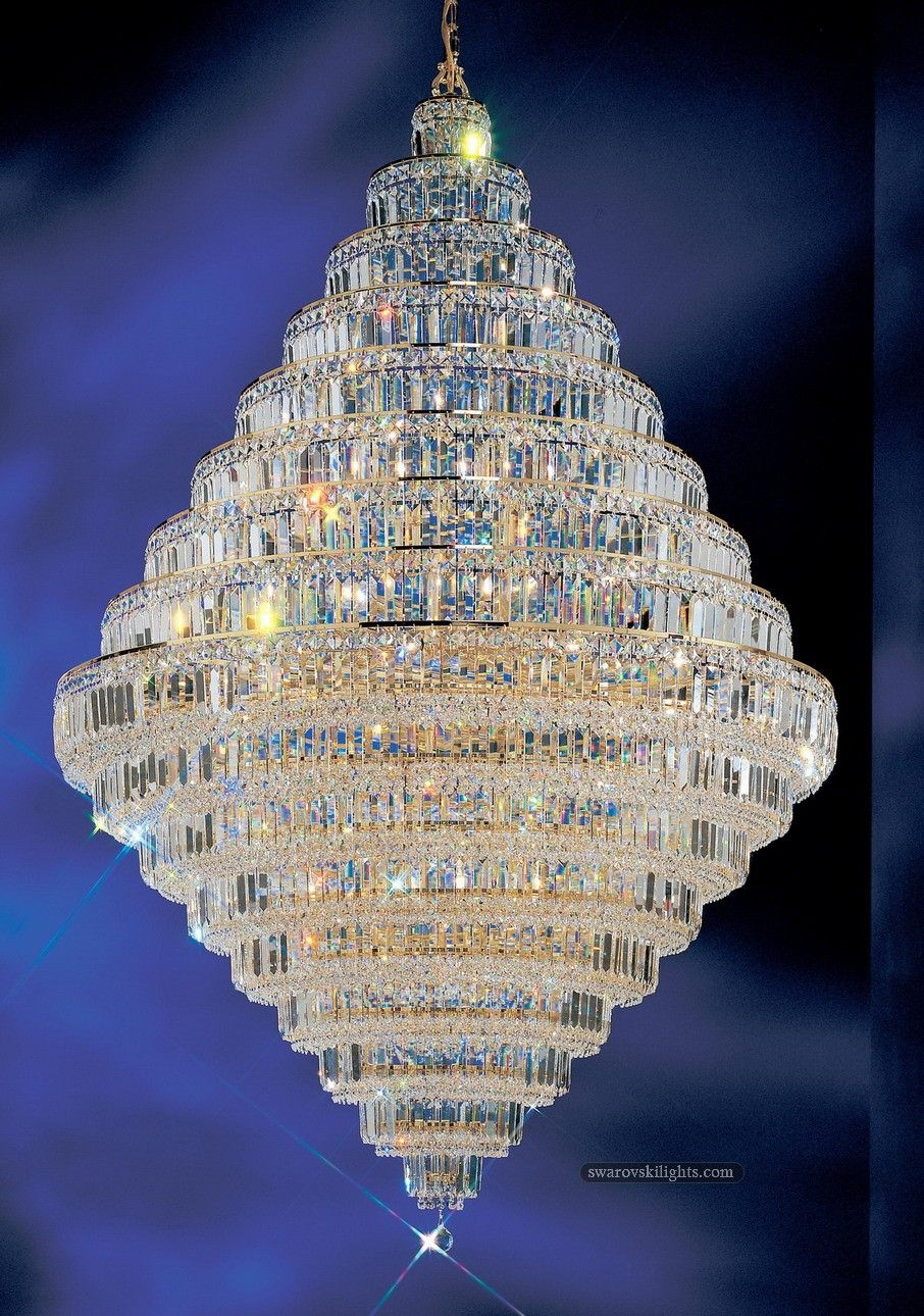 Small Crystal Chandeliers_Zhongshan Sunwe Lighting Co.,Ltd.