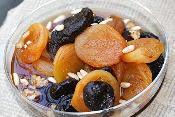 احصلي على طريقة عمل خشاف رمضان من مطبخ طبق اليوم بالصور Ramadan Desserts Easy Mediterranean Recipes Egyptian Food