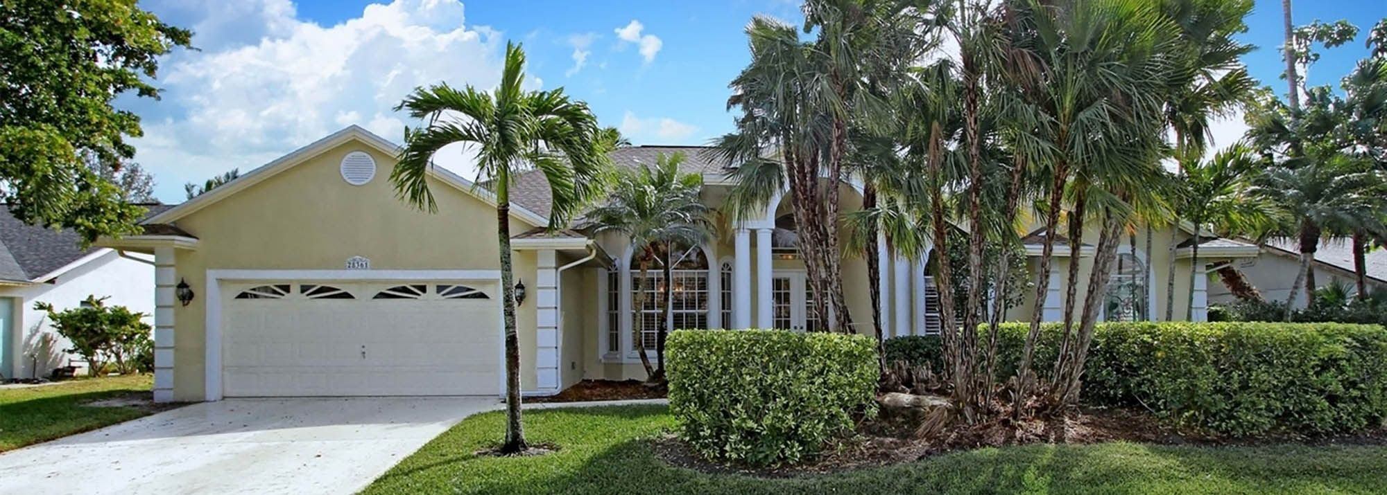 Pin By Altru Realty On Homes For Sale In Bonita Springs Florida House Styles Outdoor Decor Florida