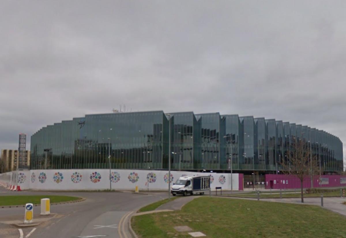 Astrazeneca Cambridge Hq Cost Triples To 1bn In 2020 Landmark Buildings