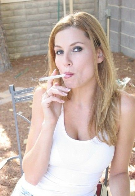 Jamie Lynn Smoking