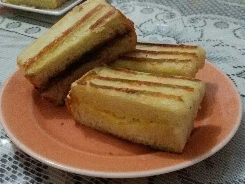 Roti Bakar Bandung Tiap Pagi Lewat Tulang Roti Bakar Depan Rumah Culinary Food Breakfast