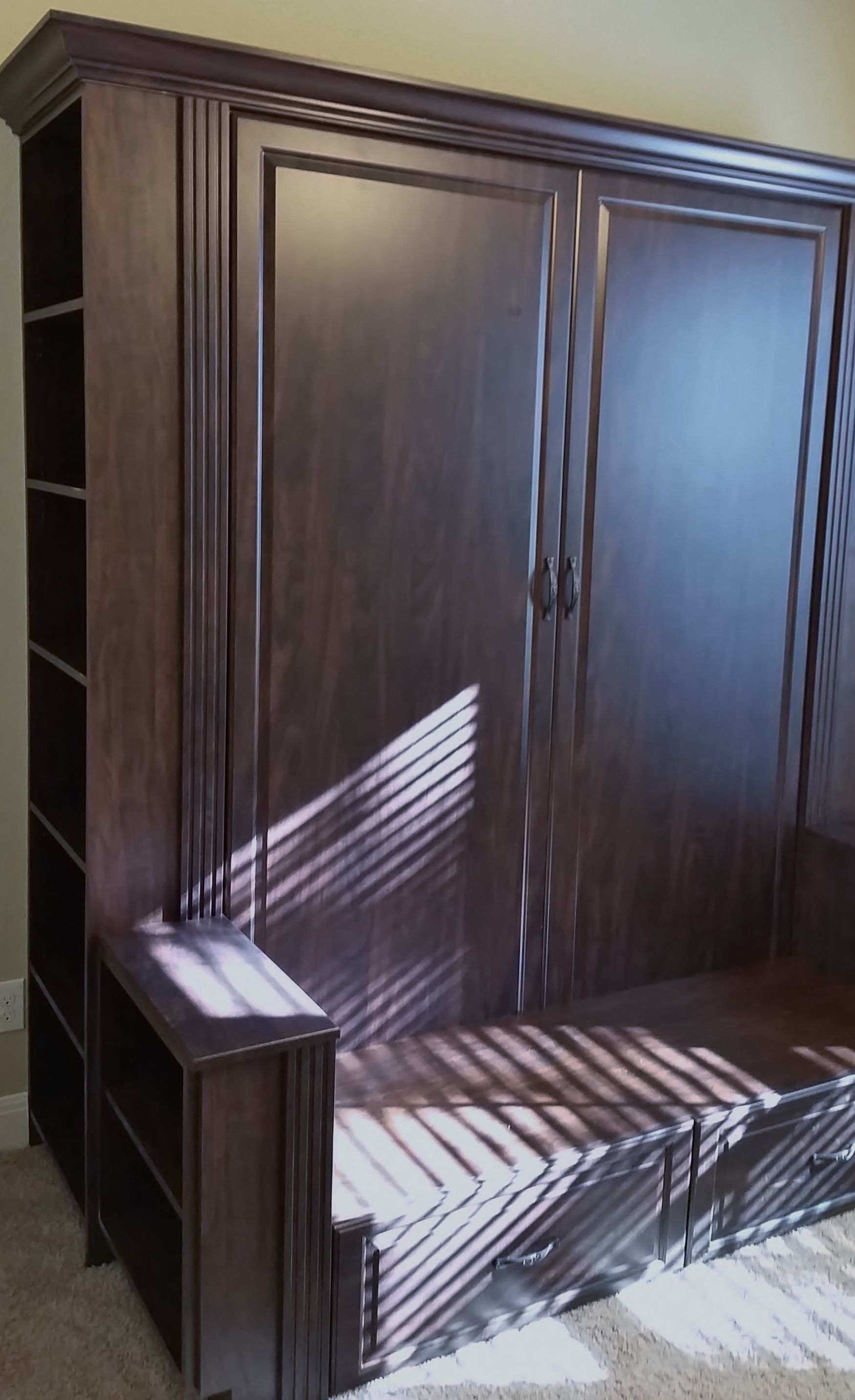 A Murphy Bed We Designed And Installed With A Bench And Shelving Schlafzimmer Zimmer