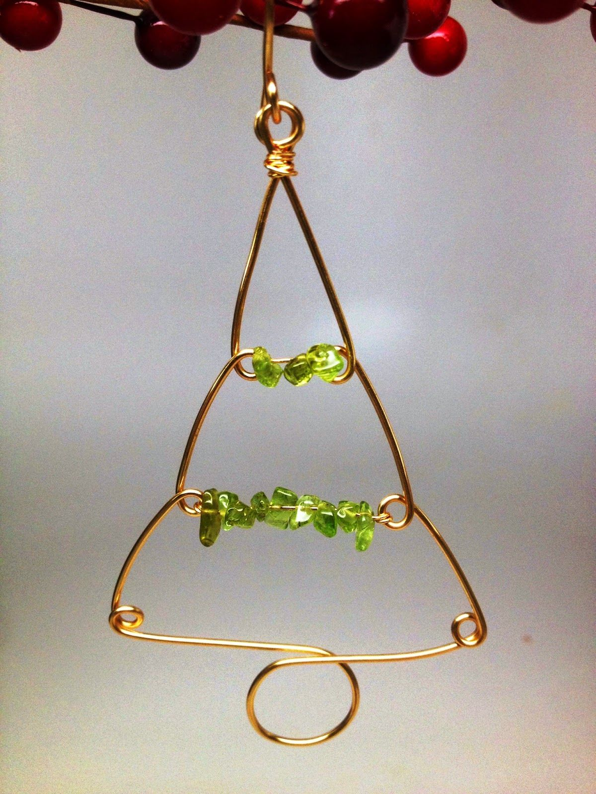 Softflexgirl Four Diy Christmas Tree Wire Ornaments Made On A Wigjig Wire Ornaments Christmas Ornaments To Make Christmas Tree Decorations Diy
