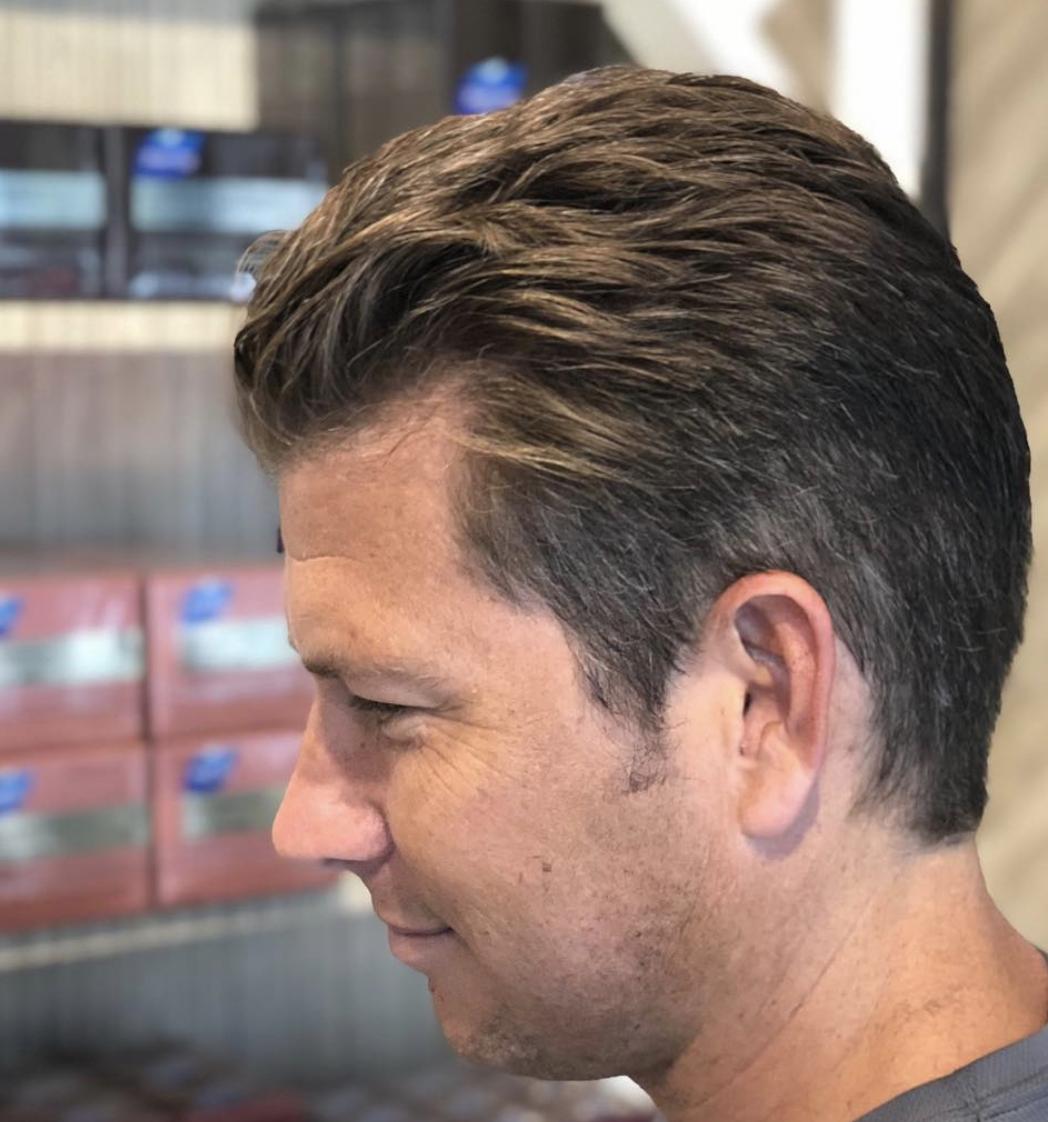 Men S Haircut At The Salon Menshair Haircut Hair Salon Haircuts For Men Hair Beauty