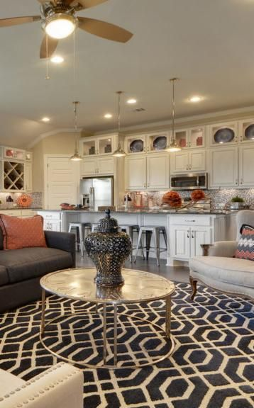 Be Bold With Your Decor Heritage Austin Texas Atx