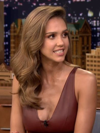 Pinterest Deborahpraha Jessica Alba Hair Light Hair Color Jessica Alba Hair Hair Color Light Brown