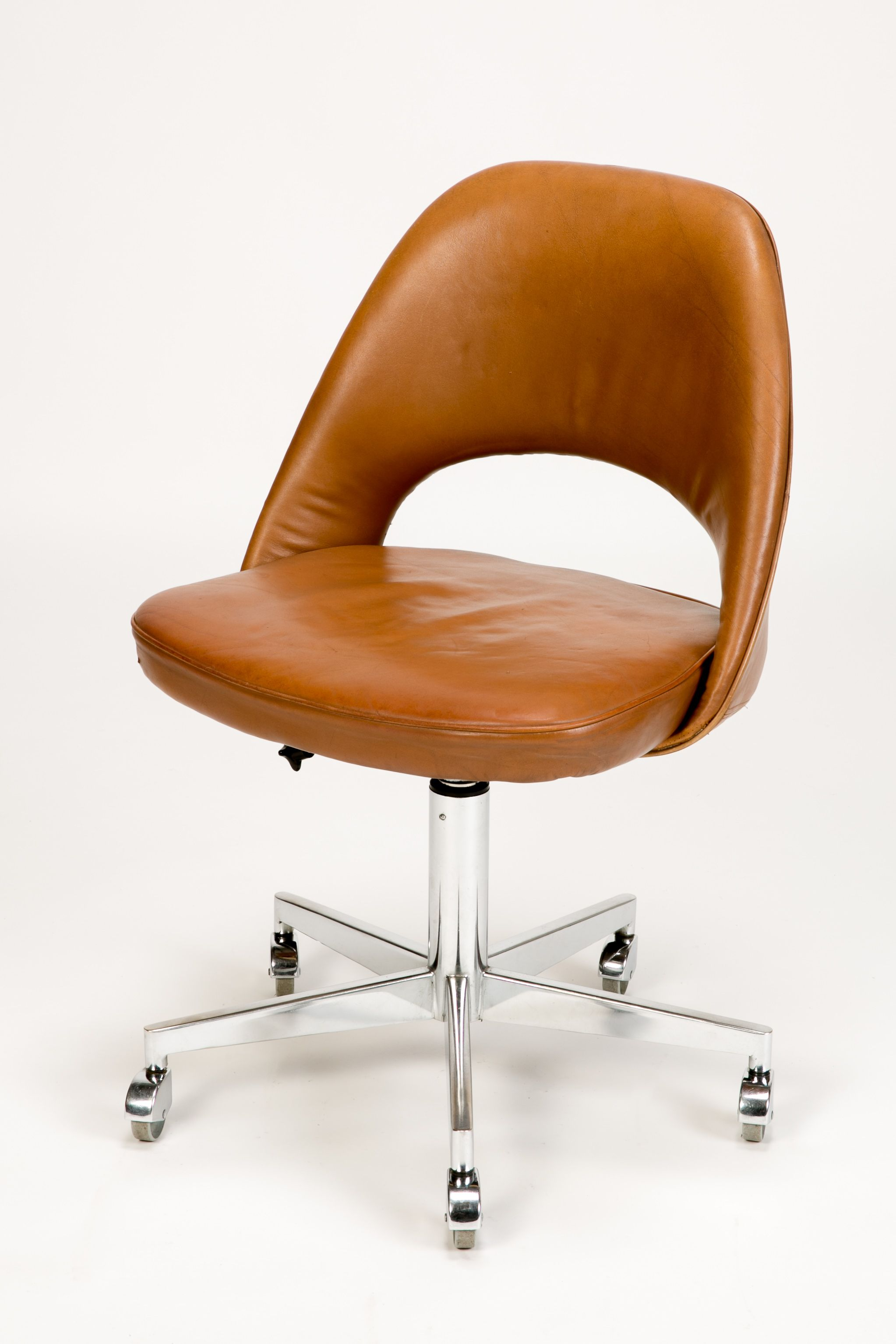 Gentil Eero Saarinen Office Chair Leather