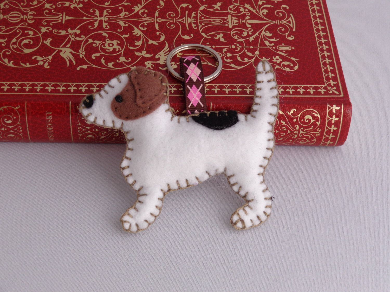Jack Russell Terrier Keychain, Felt Key ring, Dog Bag Charm, Zipper Pull, Stocking Stuffer di SockSockWorld su Etsy https://www.etsy.com/it/listing/175506380/jack-russell-terrier-keychain-felt-key