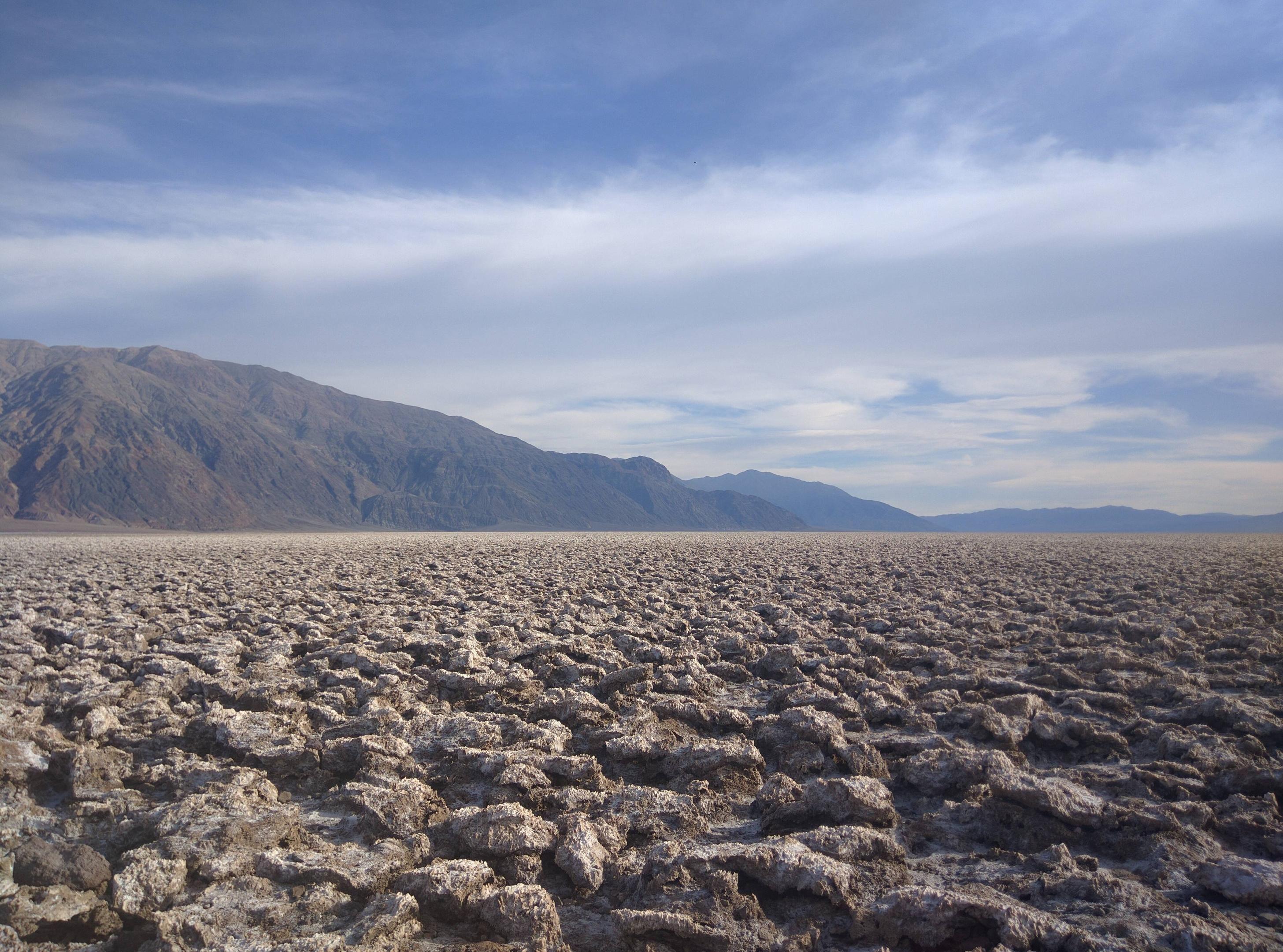 Devils Golf course Death Valley CA [4160x3088]