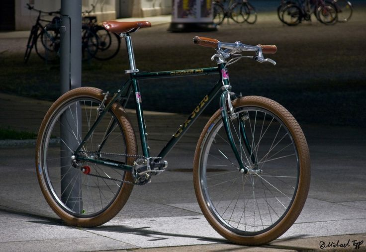 Vintage Mountain Bike Turned Urban Beast Vintage Mountain Bike