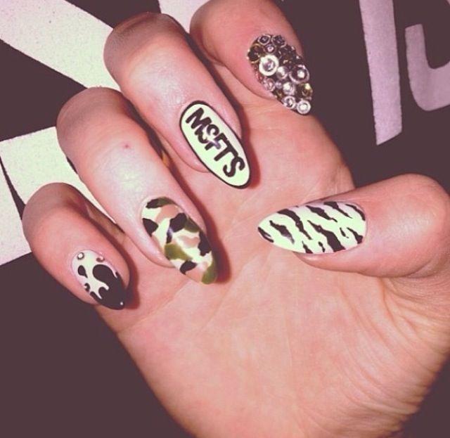 Misfits Nail Art Nails Pinterest