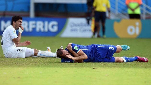 Copa del Mundo 2014: #FIFA investigará mordida de #Suárez a #Chiellini