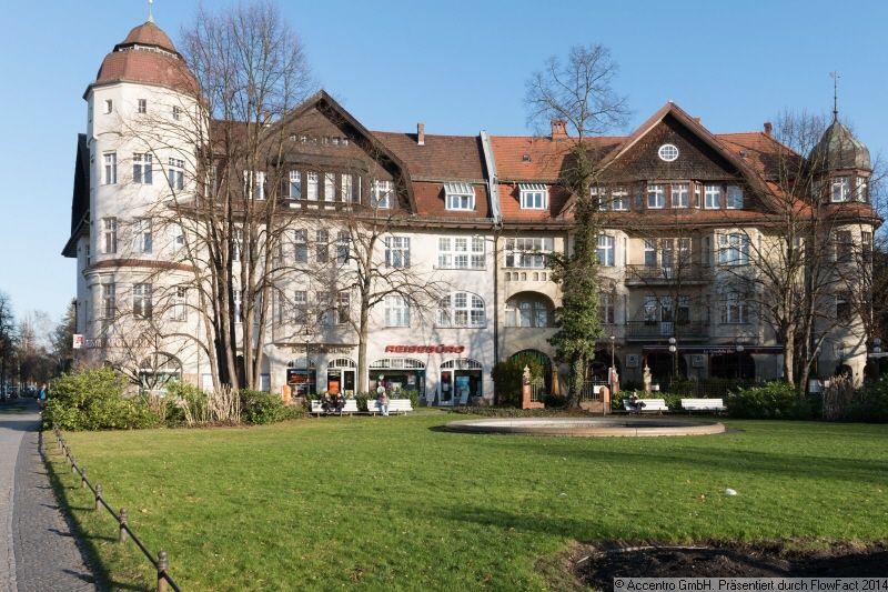 accentro eigentumswohnung zehlendorf berlin mehr auf. Black Bedroom Furniture Sets. Home Design Ideas